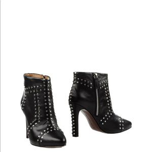 United Nude Rivet Studded Boot